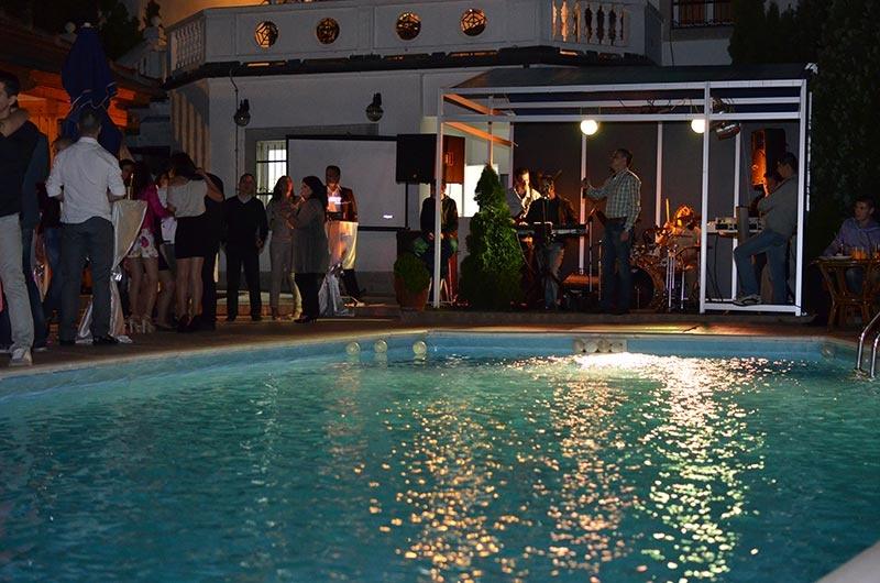 rođendan na bazenu Foto video M | Snimanje | RODJENDANKO | Igraonice i sve za  rođendan na bazenu